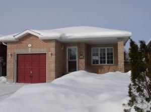 Barrie real estate - 32 lucas - backsplit