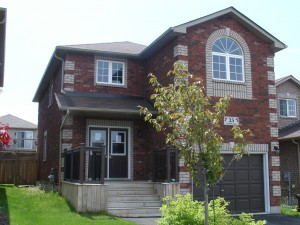 Barrie 2200 sq ft 2 storey