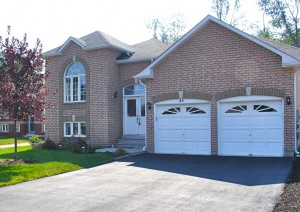 3,000 sq ft raised bungalow for sale in Wasaga Beach