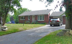 Ranch Bungalow for Sale in Moonstone