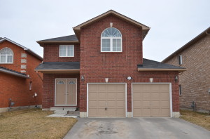2 storey family home for sale in Innisfil